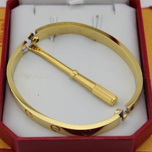 8893264d8fc2 Réplica Brazalete LOVE Cartier de oro amarillo con un destornillador